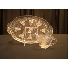 Dish - Glass Plate w/ Grapes 10""